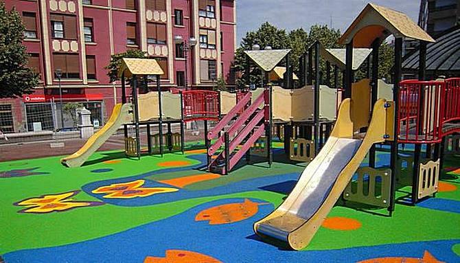 Instalación de parques infantiles de exterior. Requisitos y recomendaciones.