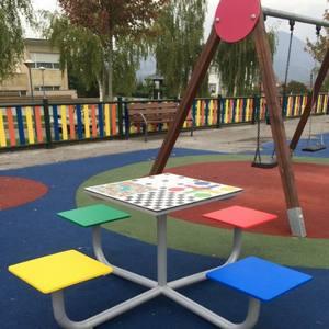Mesas de juegos para parques infantiles de exterior