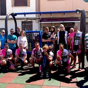 Villafranca instala el Columpio Cesta de Aunor, un nuevo modelo de columpio adaptado para niños con discapacidad