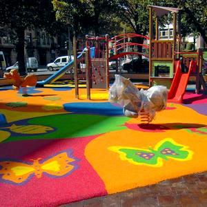 Fabricante de columpios, toboganes y parques infantiles exteriores